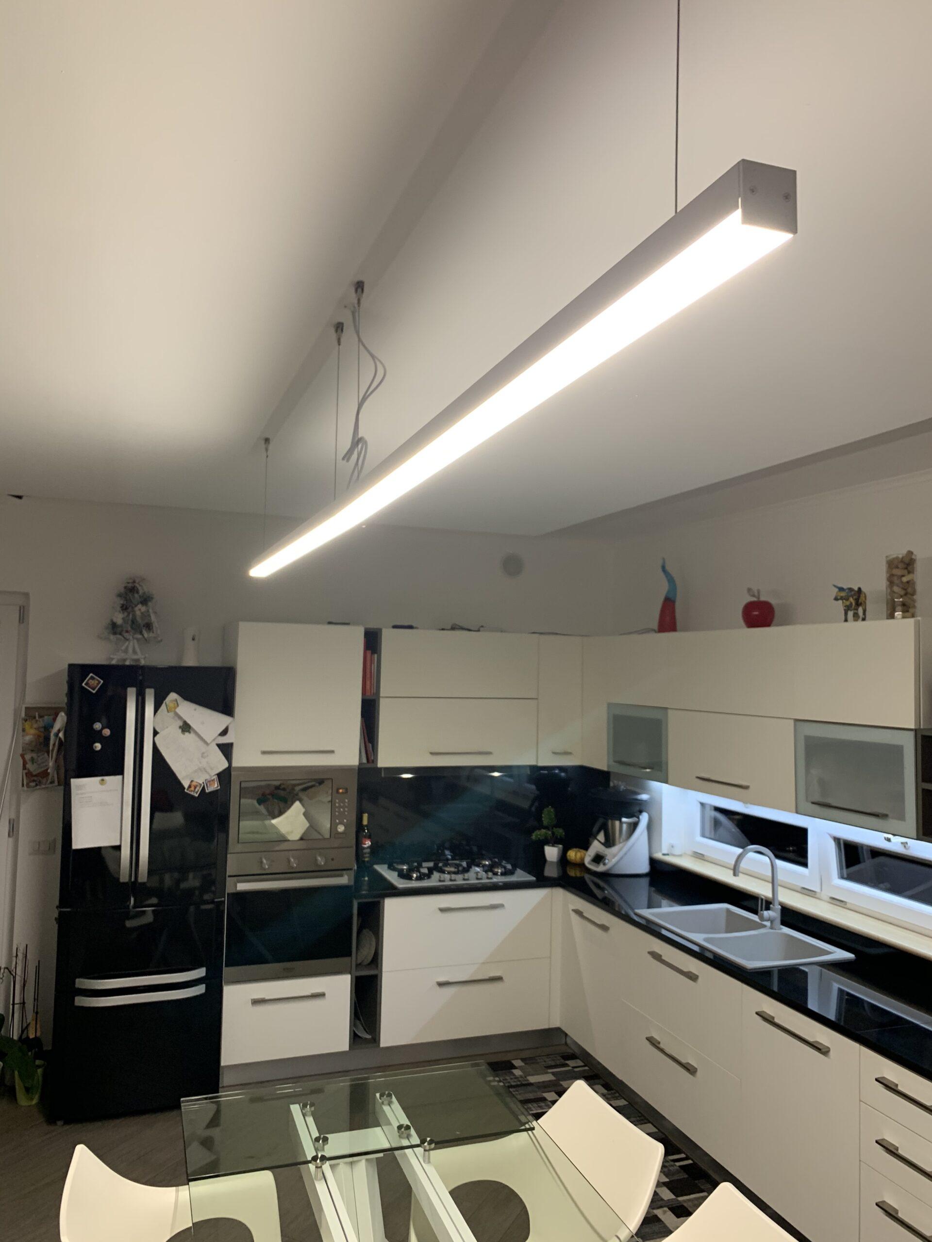 iluminación para barras de cocina