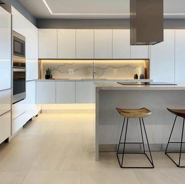 regleta led para muebles de cocina elegantes