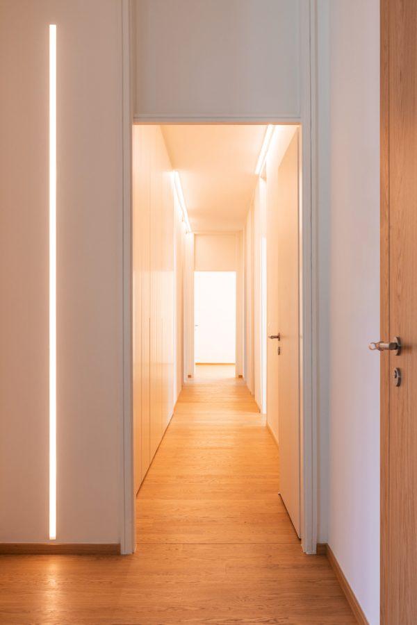 Perfil tira LED para empotrar en paredes