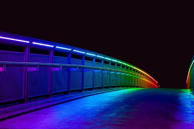 Tira LED exterior manguera RGB colores vivos